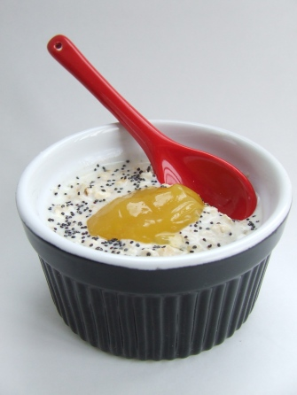 Lemon & Poppyseed Overnight oats