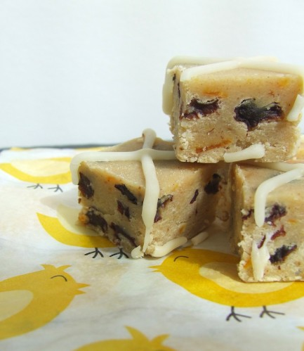 Hot Cross bun fudge 1