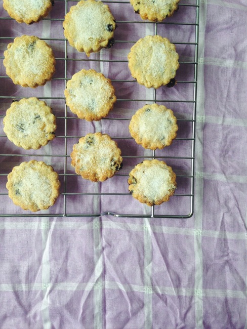 Easy Easter Biscuits